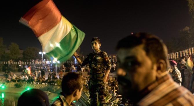 """Иракчани искат """"човек от народа"""" за премиер"""