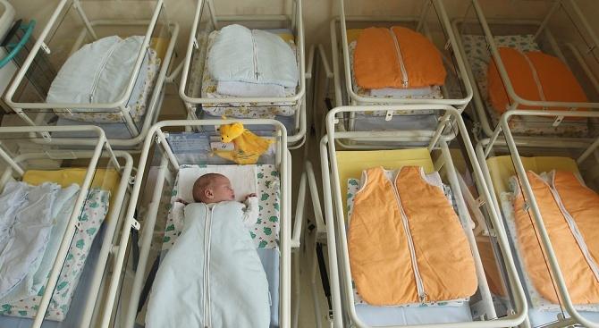Чилиец посети болница в Пазарджик, за да разбере историята на раждането си