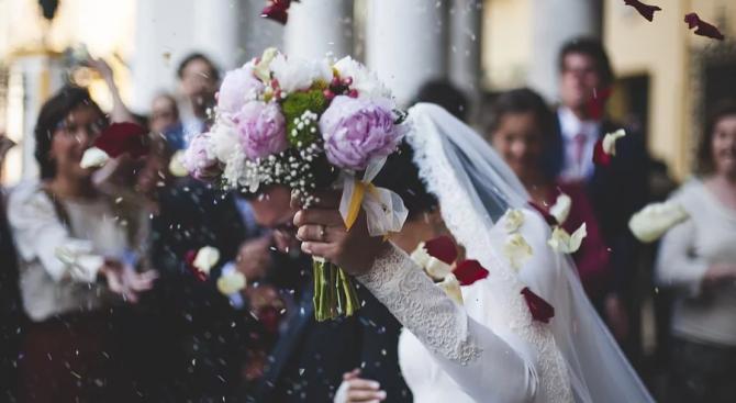 Десет двойки ще сключат брак в Шумен на 20.02.2020 г.