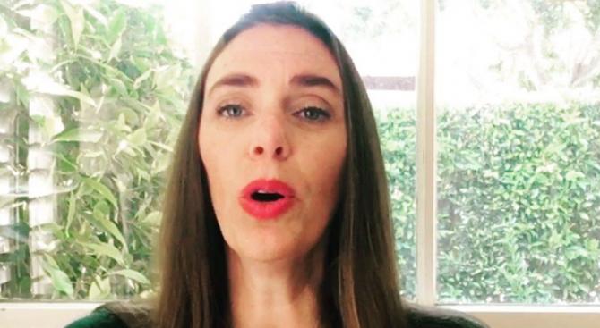 Американка преподава българско народно пеене