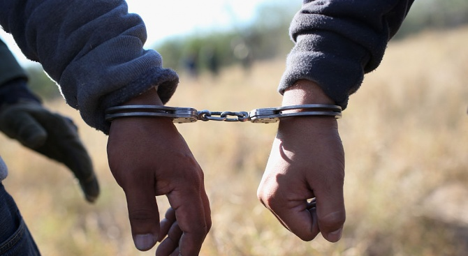 Арест за трима за наркотици