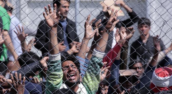 Турция е въвела забрана за влизане в страната на 94 хиляди души
