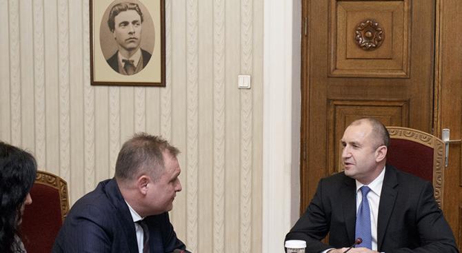 Румен Радев проведе консултации за промени в Конституцията с председателя на ВАС Георги Чолаков