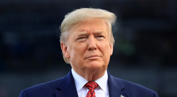 Тръмп помилва ексгубернатора на Илинойс, който излежава присъда за политическа корупция