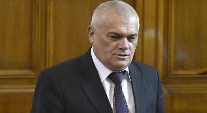 Валентин Радев: Контролът над боеприпасите и взривните вещества е отслабен