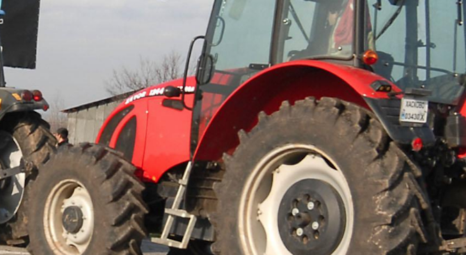 Фатален инцидент с трактор край село Люблен