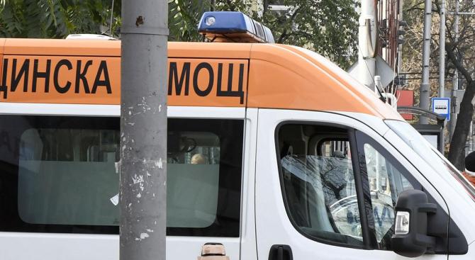 Двама мъже пострадаха при злополука в Смолянско