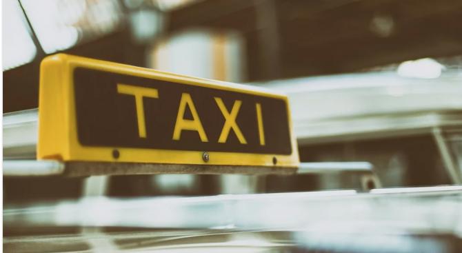 Пребиха и обраха таксиметров шофьор в Петрич