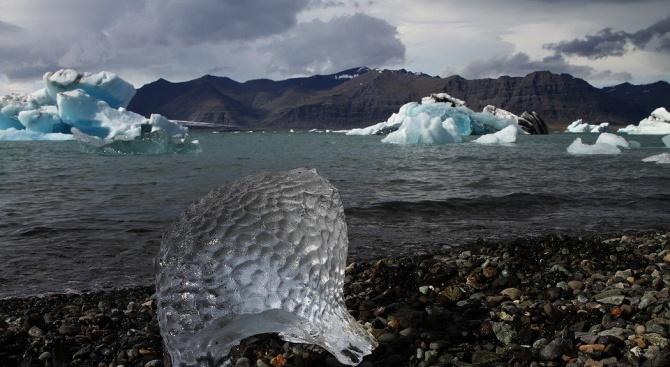 Глобалното затопляне предизвиква необратимо масово топене на ледовете в Антарктида