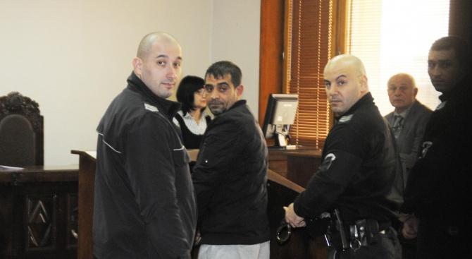 Оставиха в ареста мъжа, в чийто дом бяха открити 2 кг кокаин