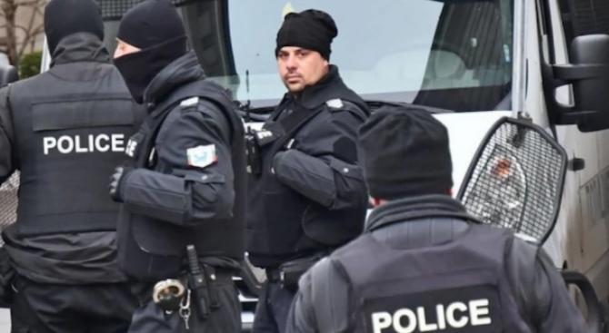 Блокираха Благоевград, провежда се акция