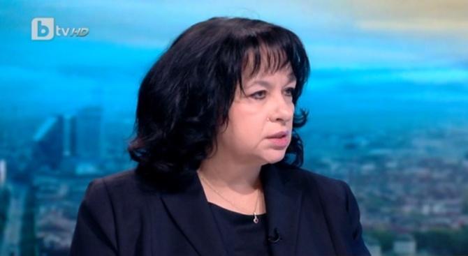 Министър Петкова: Ако Президентството има някакви проекти, изпълнителната власт трябва да знае