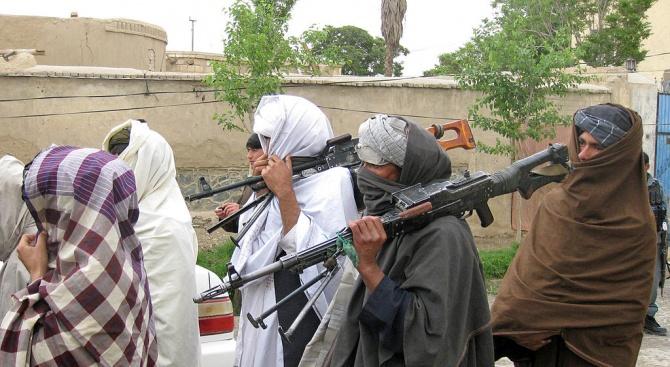 САЩ и талибаните в Афганистан обявиха за историческо споразумение