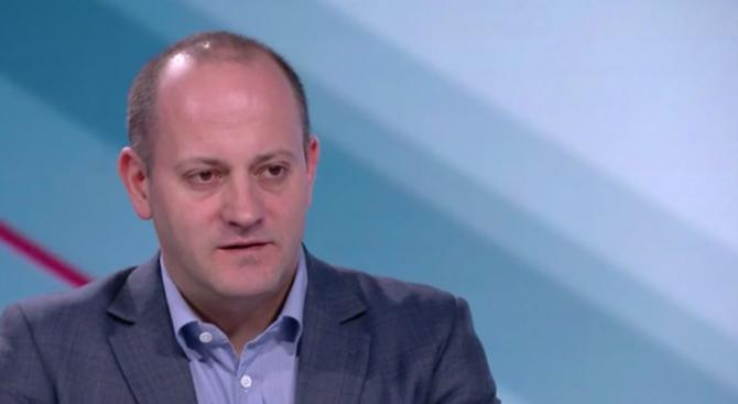 Радан Кънев: Правителството да не мишкува за еврозоната