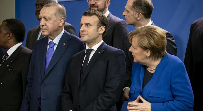 Макрон, Меркел и Ердоган разговаряха по телефона за Сирия