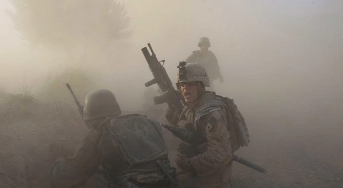 За последните десет години в Афганистан са били убити или ранени над 100 000 цивилни