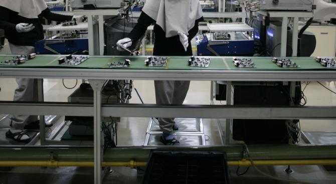 """Завод на """"Самсунг"""" затвори заради заболял от коронавируса"""