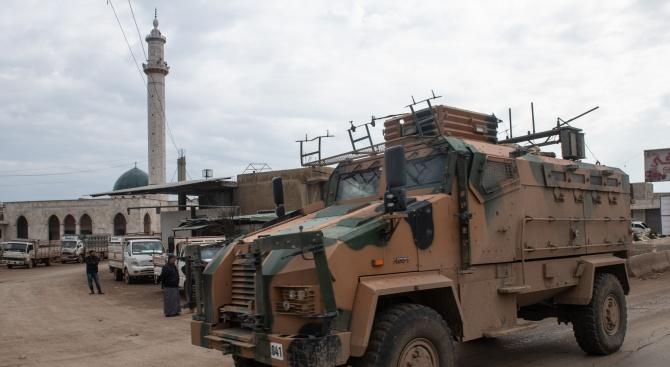 Военните министри на Русия и Турция обсъдиха ситуацията в Идлиб
