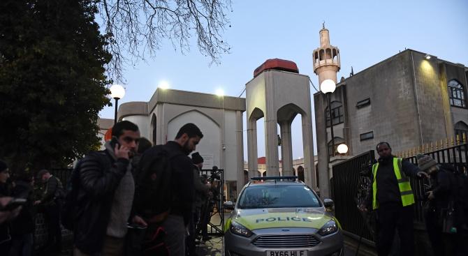 Повдигнато е обвинение във връзка с нападението в Централната лондонска джамия