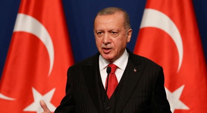 Ердоган планира среща с Путин, Меркел и Макрон през март