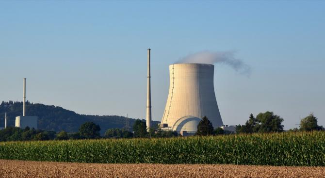 Завинаги бе спрян един реактор от най-старата действаща АЕЦ във Франция