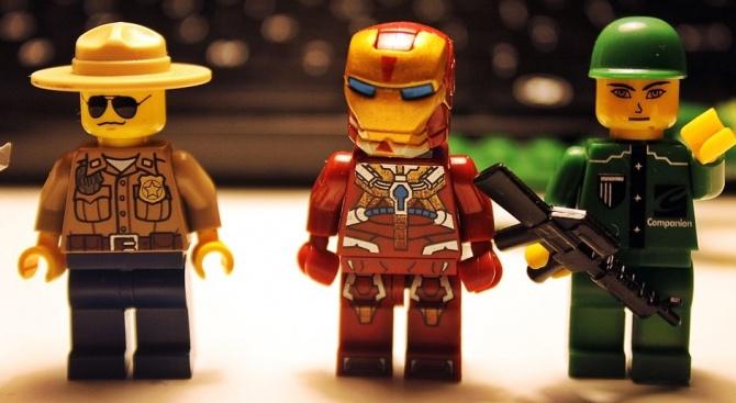 Почина създателят на Лего