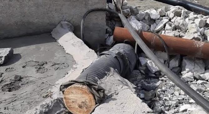 Премахнаха незаконните тръби на рудника в Лъки