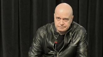 Слави Трифонов: Огромната дистанция между политиците и избирателите стана нетърпима