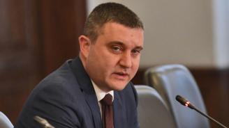 Горанов: Васил Божков да се предаде, ако е толкова сигурен в невинността си