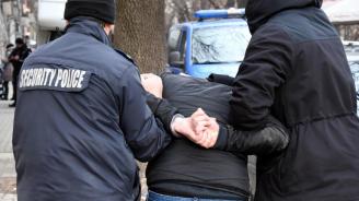 """Задържаха длъжностни лица от МБАЛ """"Доктор Димитър Чакмаков"""" –  Раднево"""