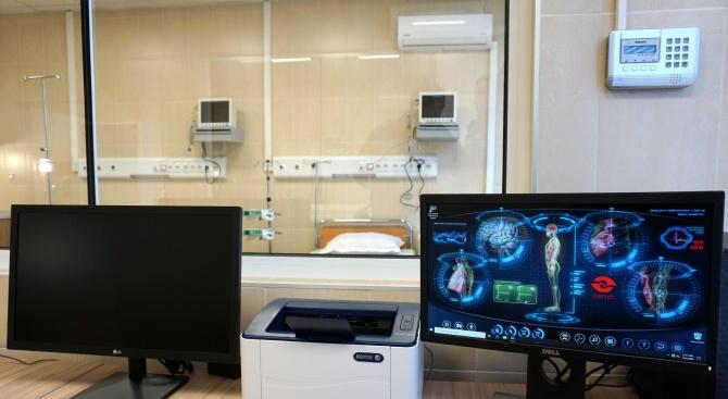 """Министър Ананиев откри реновираната неврохирургия в УМБАЛ """"Св. Марина"""" - Варна"""