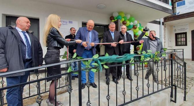 Емил Димитров откри информационен център на парк Рила в Благоевград