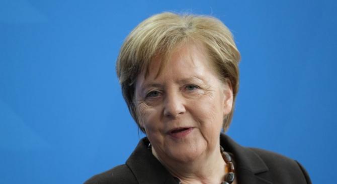 Германските консерватори ще решат напролет кого да подкрепят като приемник на Ангела Меркел