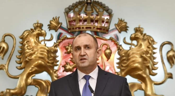 Президентът Радев ще отличи победителя в конкурса на БАИТ