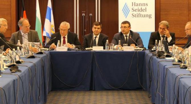 """МВР проведе кръгла маса на тема """"Противодействие на трафика на културно-исторически ценности. Опитът на България и Бавария"""""""