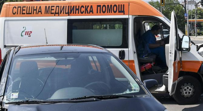 47-годишен шофьор блъсна жена и избяга