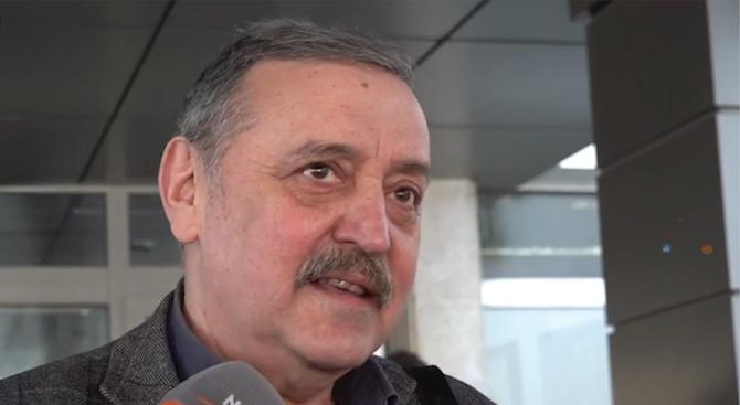 Д-р Тодор Кантарджиев: Не пътувайте там, където има циркулация на коронавирус