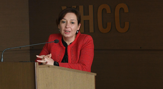 Русинова: Финансовата култура трябва да залегне в образованието още от ранна детска възраст
