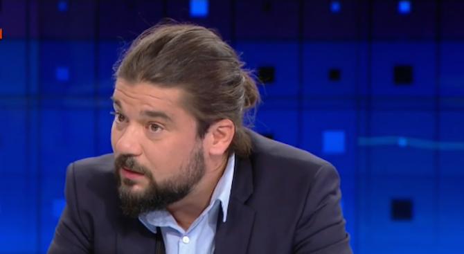 Страхил Делийски пред novini.bg: Българското общество е в политическа депресия