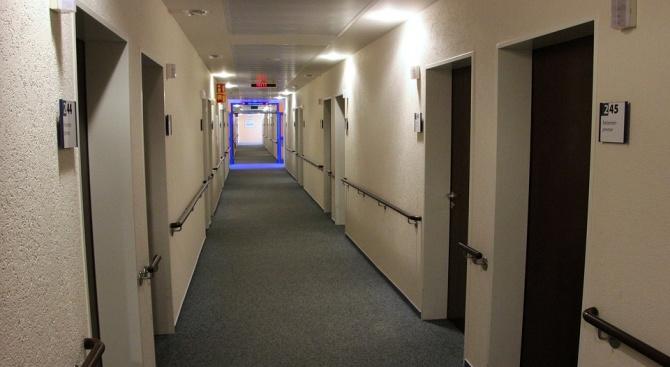 КНСБ: Няма доброволна карантина в нормативната уредба, изолацията е само с болничен лист
