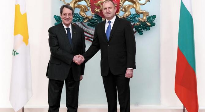Радев: С президента на Кипър поддържаме усилията за бюджет, гарантиращ икономическото и социалното сближаване в ЕС