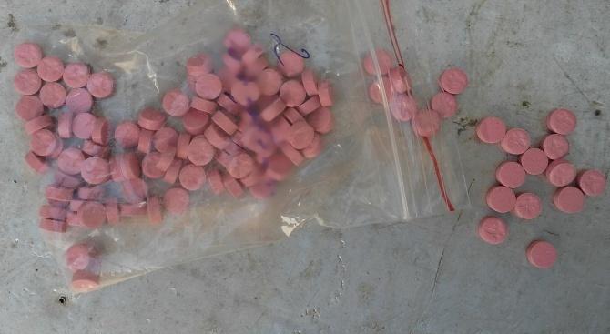Намериха наркотици в служители на хотел в Пампорово