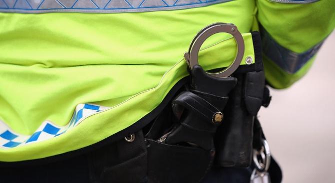 Арест за млад мъж за канабис и боеприпаси