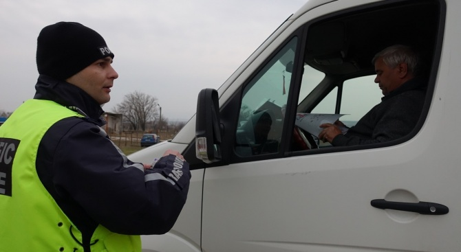 В Шумен раздават пътни карти с най-опасните участъци