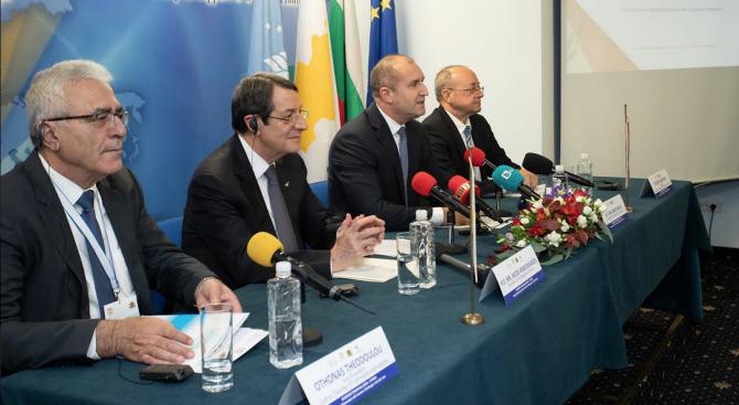 Румен Радев и кипърският му колега взеха участие в бизнес форум в София