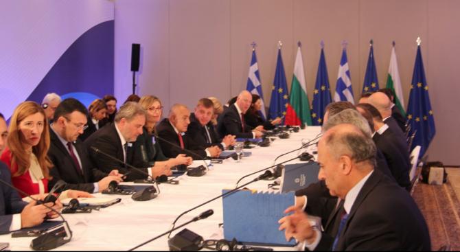 Външните министри на България и Гърция: Партньорството между страните ни е решаващо