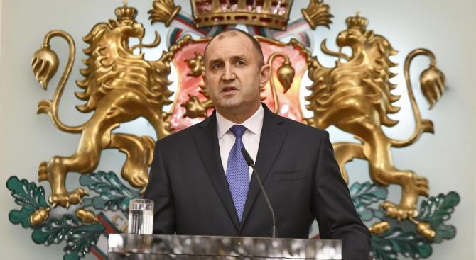 """Румен Радев ще удостои молдовския посланик у нас с орден """"Мадарски конник"""" първа степен"""