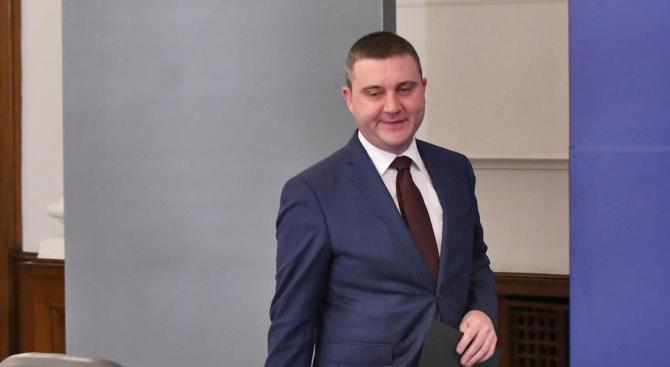 Министър Горанов и зам.-министър Нанков ще се срещнат днес с превозвачи