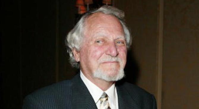 Почина писателят Клайв Къслър