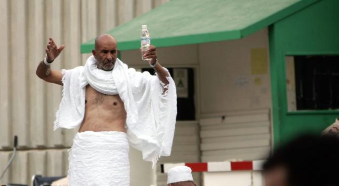 Рияд затвори мюсюлмански светини